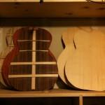 Lots o' guitars