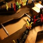 Glueing on kerfed lining